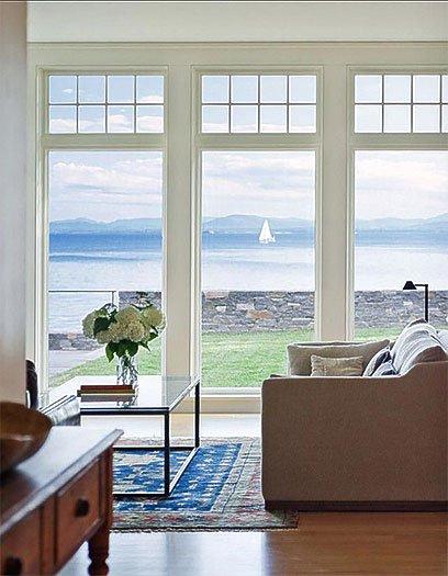 Naples-window-lar-1